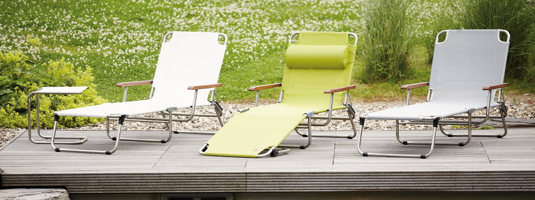 Italian design by Fiam: high quality gardem furniture like the Amigo Aluminium Lounger. The Lounger is an elegant eye-catcher for your garden. Available in different colours.