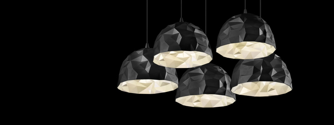 The brand Diesel Living produces lamps and furniture. The Design of the Rock Pendant Light is inspired by a stone and impresses with different shadings.