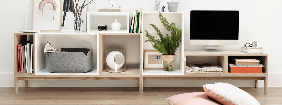 Muuto - Stacked shelving system - detail image white