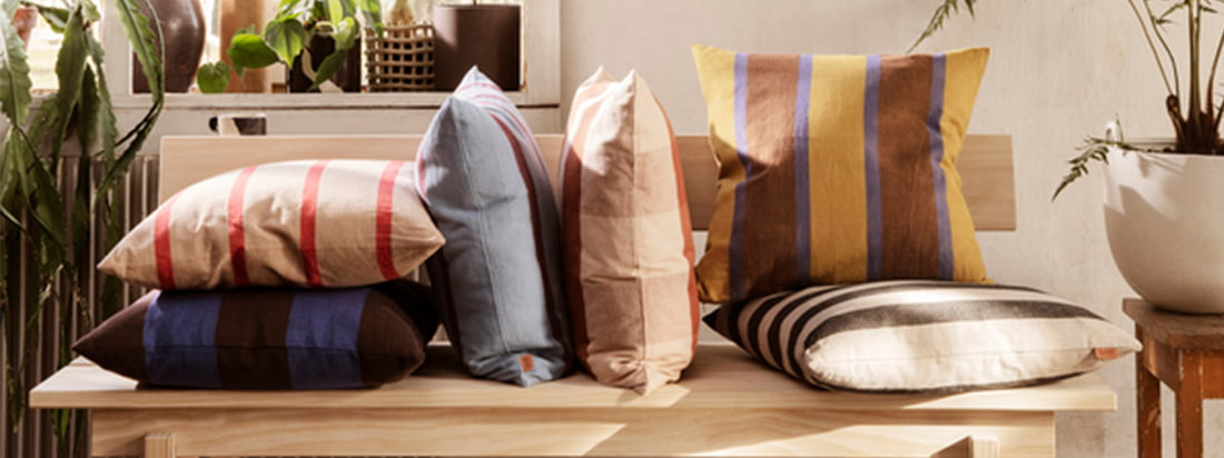 ferm Living is not only known for their kitchen utensils and office accessories but also has a large selection of cushions and blankets to increase the feel-good factor in your own four walls.