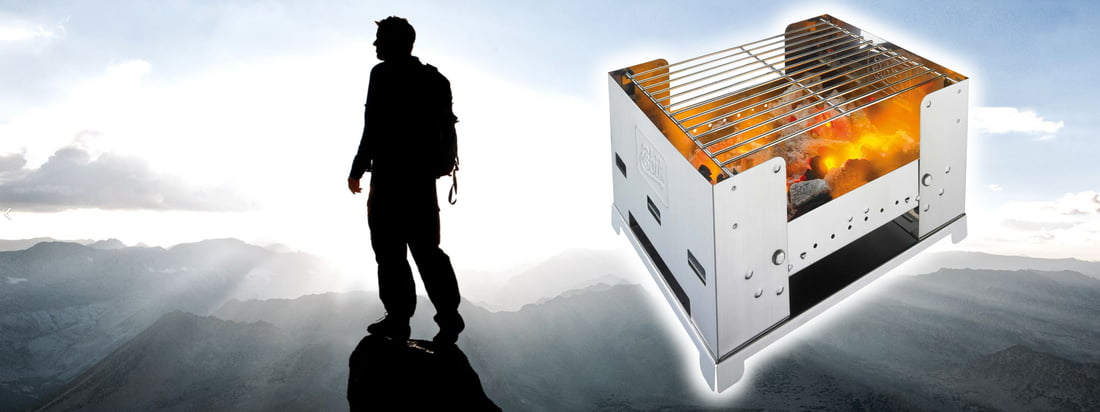 """Esbit is the abbreviation for """"Erich Schumms Brennstoff in Tablettenform"""". The Foldable BBQ300S is a practical, foldable barbecue for the journey. Buy in the design shop!"""