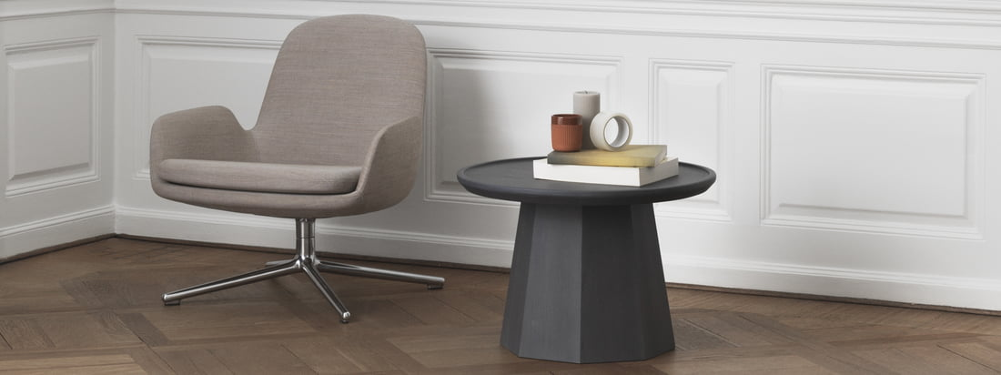 The Normann Copenhagen - Pine side table and the Bell lamp in the ambience view. The products of Normann Copenhagen spread Scandinavian flair.