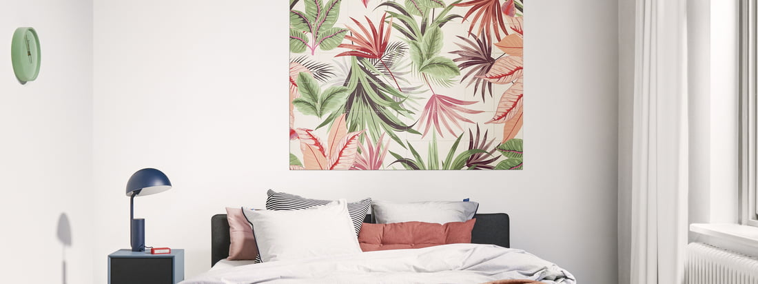The Pink Jungle wall motif by IXXI in the ambience view. The Pink Jungle motif by Creative Lab Amsterdam provides a tropical touch in every ambience.