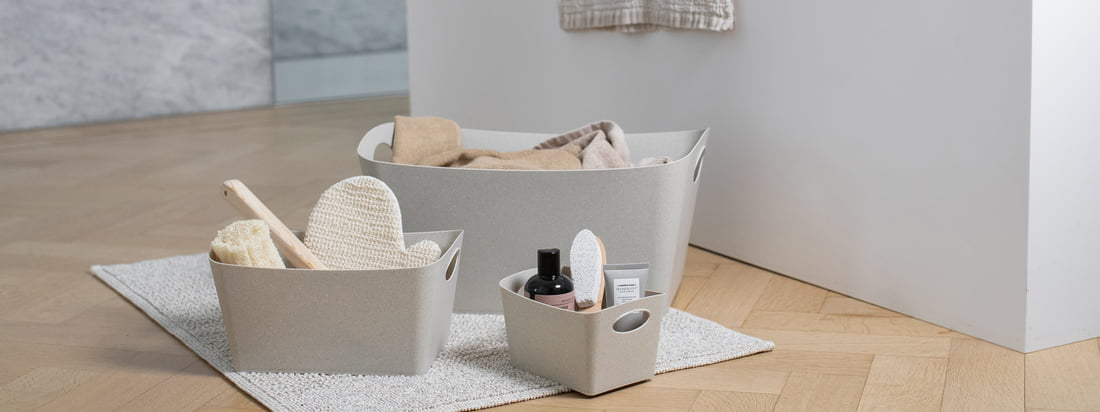 The Recycled Bathroom collection rethinks the popular bathroom accessories by Koziol. Plastic can be wonderfully reused and so it was obvious that Koziol designed a bathroom accessory collection made of 100% recycled plastic.