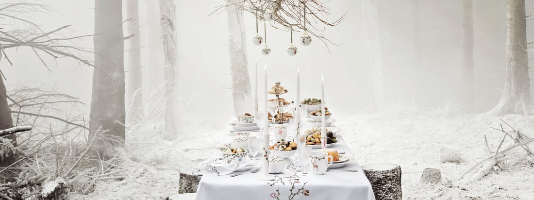 Kähler Design provides with the Hammershøi Christmas collection for a stylish and distinguished celebration, which is equipped with the most beautiful tableware and noble decorative items.