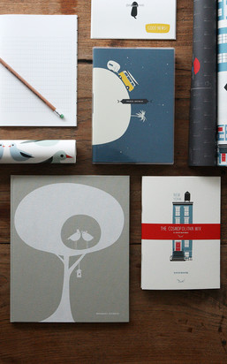 Find greeting cards here that stand out from the rest with special design, high-quality paper and often complex production.