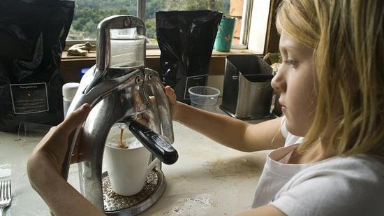 Easy handling of the ROK espresso machine