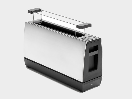 The One Slot II by Jacob Jensen is characterised by a simple and clear shape. A single slot toaster for two slices of toast with many technical features.
