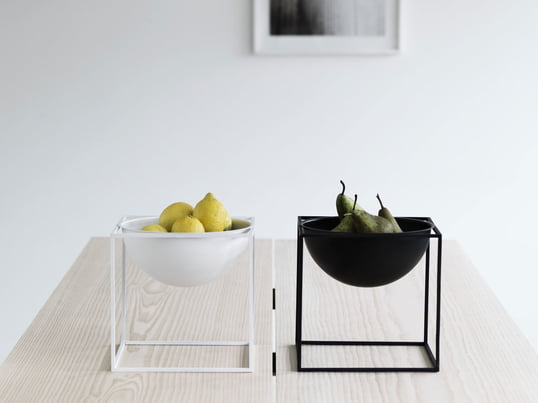 "The fruit bowl ""Kubus Bowl"" from by lassen is a highlight decoration for the living room and kitchen. The fruit bowls are available in white, black, gold and numerous other colours."