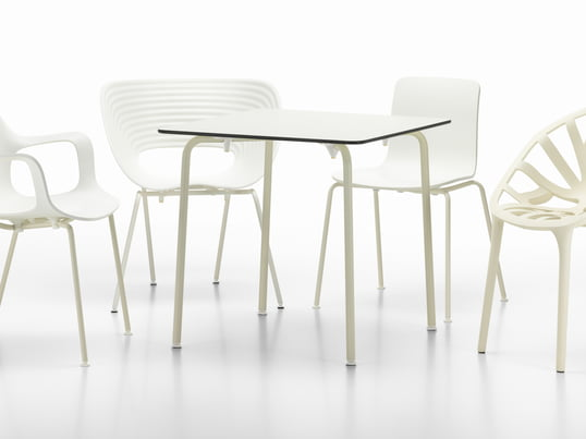 The also limited White Collection focuses on design classics and contemporary chairs and tables for indoor and outdoor use. The furniture create a feeling of brightness and lightness.