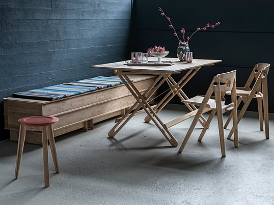 Lifestyle product image of the We Do Wood - Field folding table. Thanks to its folding ability, the table is as suitable in a small apartment as it is in a house and can be easily set up in seconds.