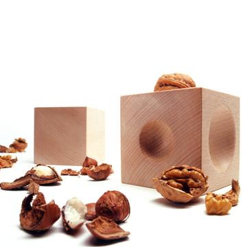 siebensachen - Nusskubus Nut Cracker, with walnuts