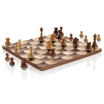 Wobble chess set by umbra in the shop - Umbra chess set ...