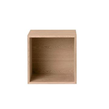 Muuto - Stacked oak with backwall, medium