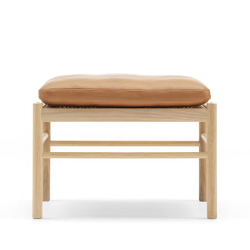 OW149 Colonial Chair by Carl Hansen made from oiled oak and leather SIF 95