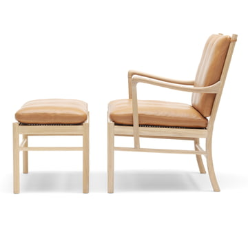 OW149 F Colonial Footrest and OW149 Colonial Chair made of oiled oak and leather SIF 95