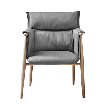 Embrace Chair by Carl Hansen made of soaped oak / Gabriel Byron Col. 2101