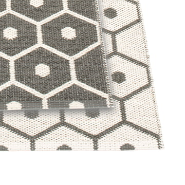 Honey Reversible Rug by Pappelina in Charcoal / Vanilla