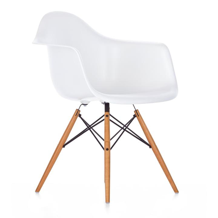 Vitra - Eames Plastic Armchair DAW, yellowish maple / white, felt glides