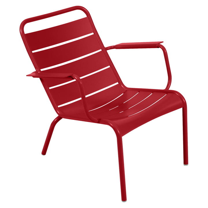 Luxembourg deep armchair from Fermob in poppy red