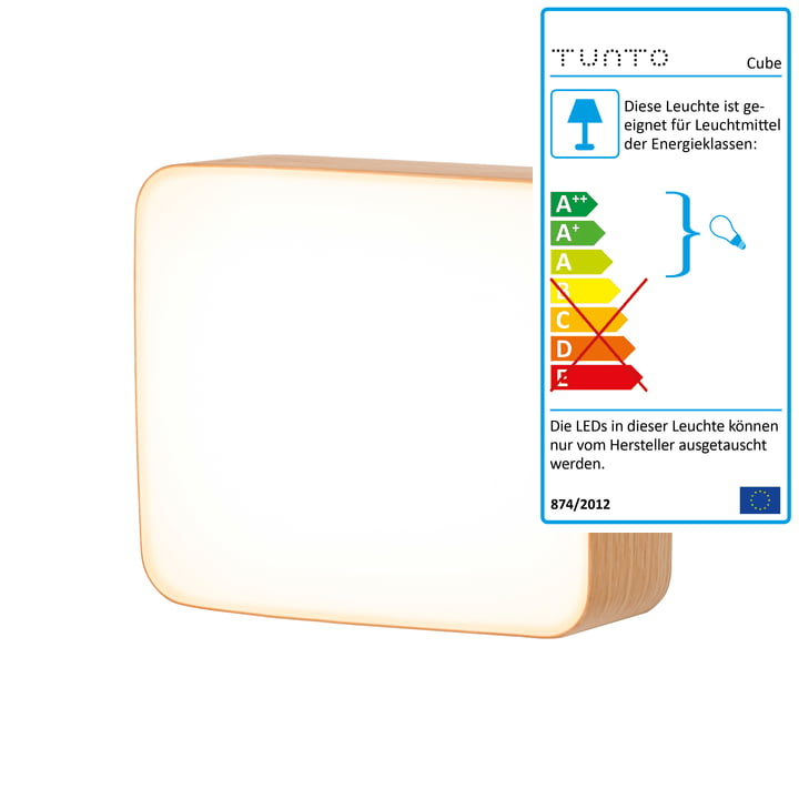 Cube M wall lamp by Tunto made from natural oak