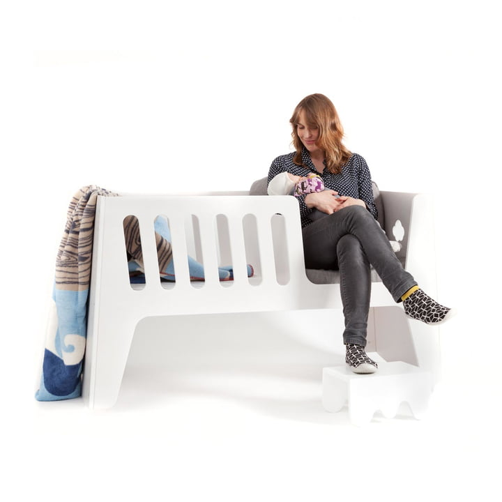 Baby cradle with blankie