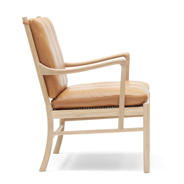OW149 Colonial Chair by Carl Hansen made from oiled oak and leather