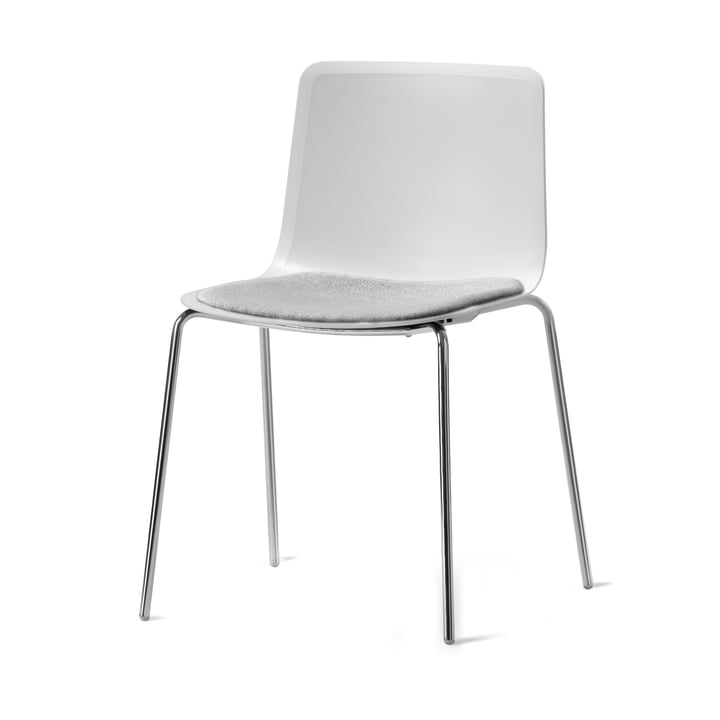 Pato 4 Leg Chair by Fredericia in Remix / chrome