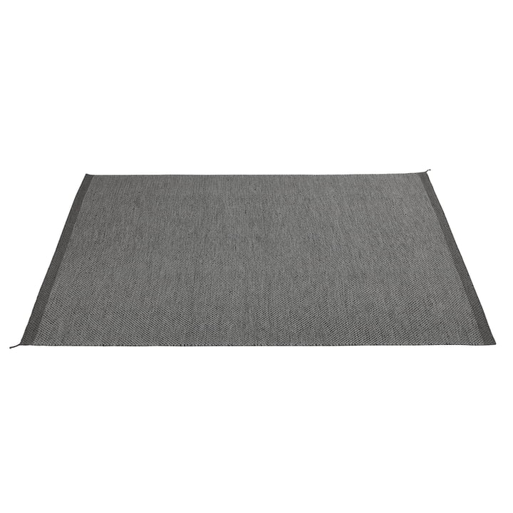 The Ply Rug 200 x 300 cm in dark grey from Muuto