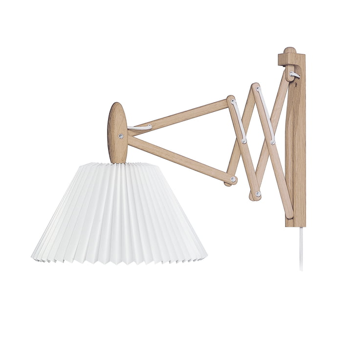 335 Sax lamp Wall lamp from Le Klint in oak bright