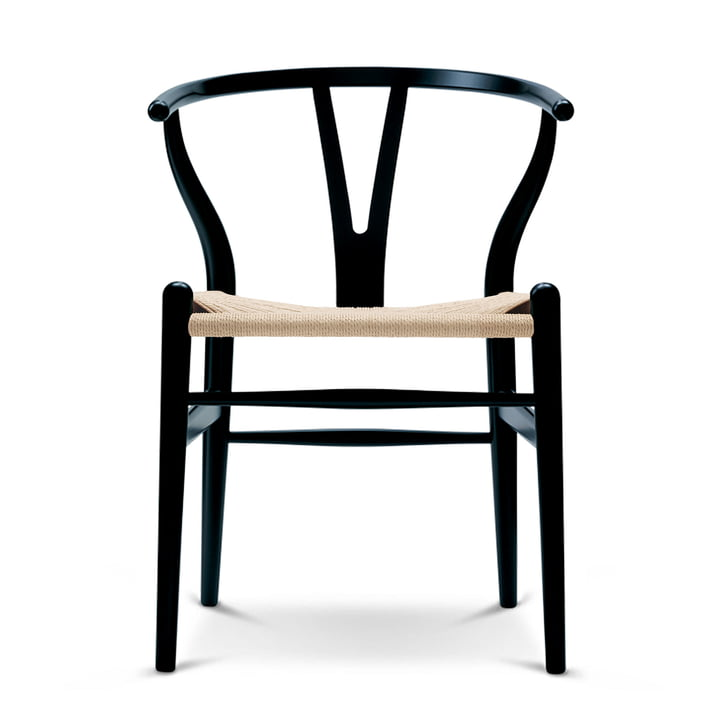 CH24 Wishbone Chair by Carl Hansen in beech black / natural mesh