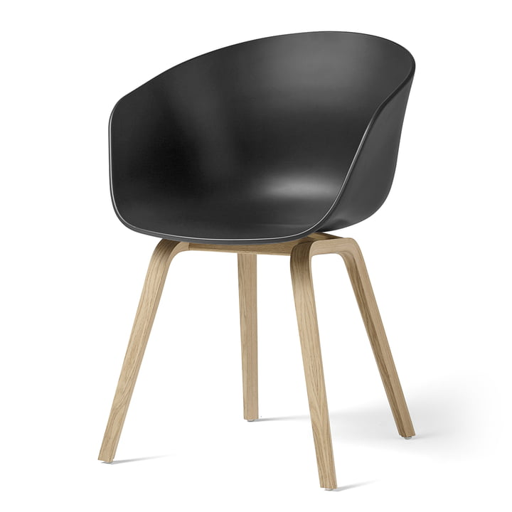About A Chair AAC 22 from Hay in oak matt lacquered / soft black