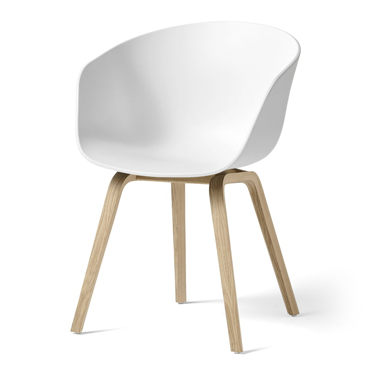 Hay - About A Chair AAC 22, wooden four-leg frame (oak matt lacquered) / white, felt glides