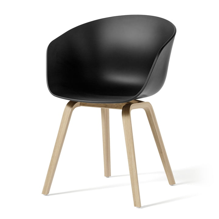 Hay - About A Chair AAC 22, wooden four-leg frame (oak matt lacquered) / black, felt glides