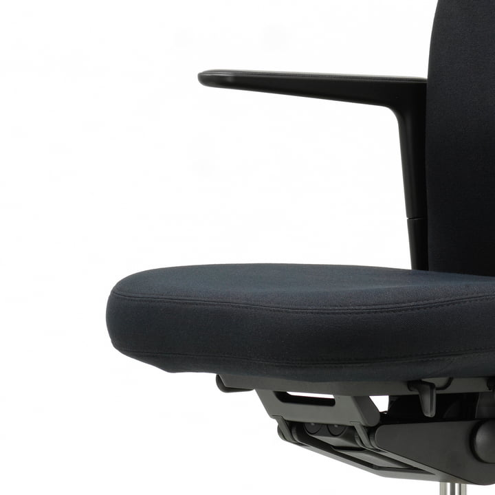 The Pacific Chair by Vitra