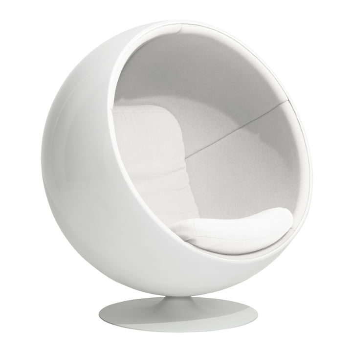 Ball Chair from Eero Aarnio Originals in white (Hallingdal 65/100)