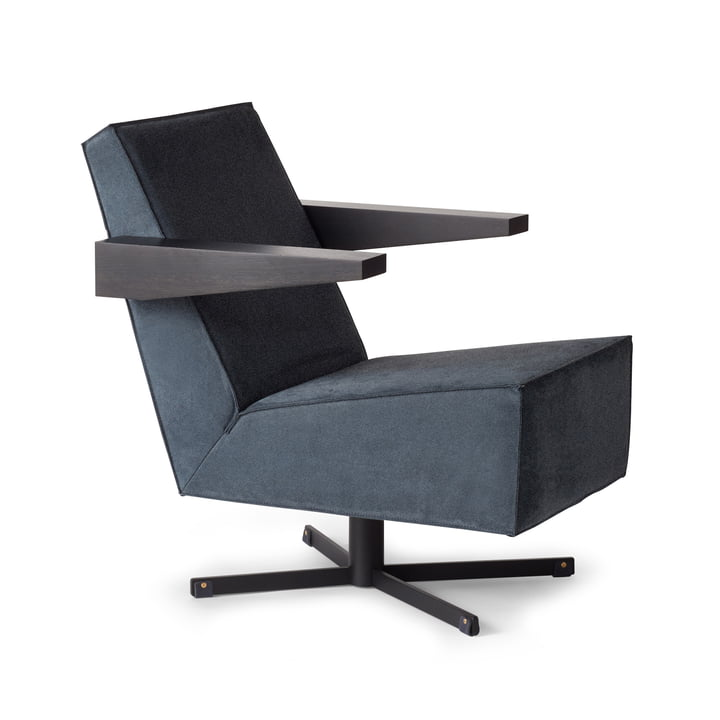 Spectrum - Press Room Chair, gray upholstery (Divina 3 / 154), black frame / black armrests / black foot strap