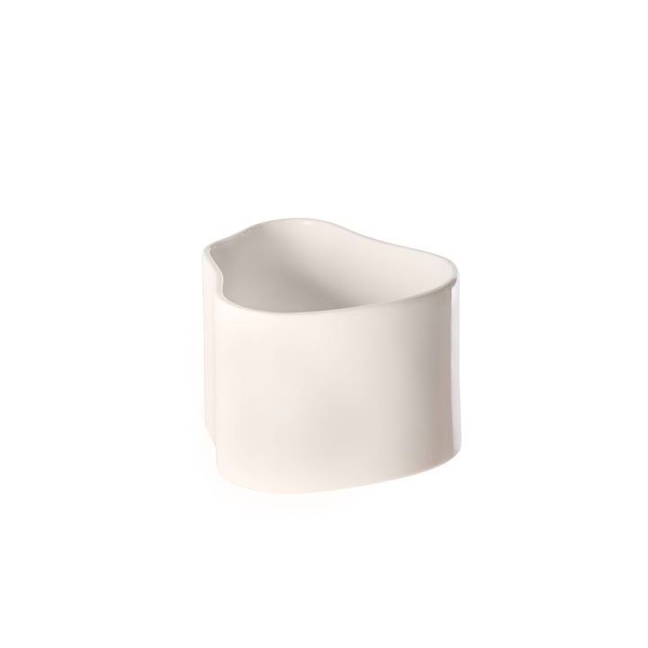 Riihitie planter (form A) in small from Artek in white