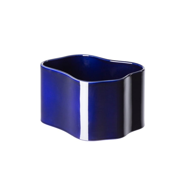 Riihitie planter (shape B) in large from Artek in blue