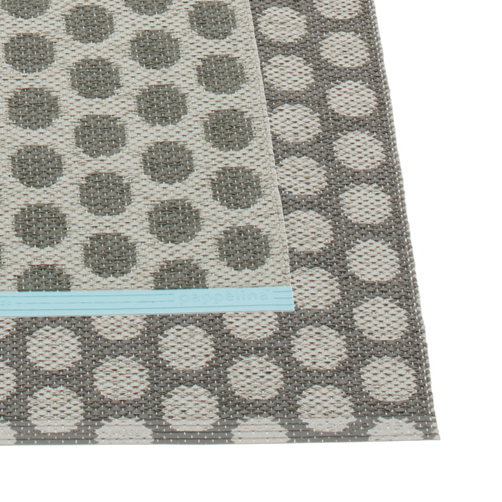 Noa Rug 70 x 50 cm by Pappelina in Charcoal / Warm Grey / Turquoise Edge