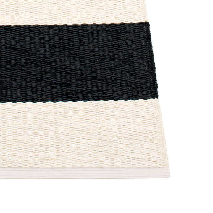 Bob Rug by Pappelina in Black / Vanilla