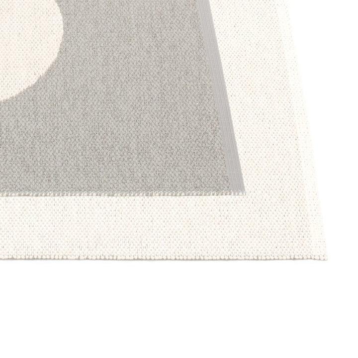 Vera Reversible Rug by Pappelina in Warm Grey / Vanilla