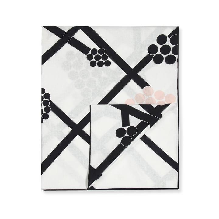 Hortensie Tablecloth 220 x 140 cm by Marimekko in black / white