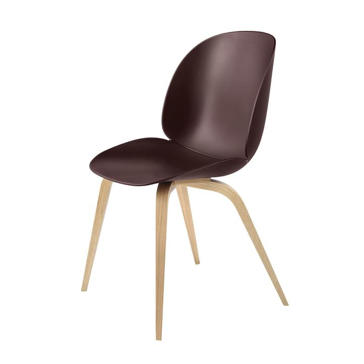Gubi - Beetle Dining Chair, Wood Base in Oak / Dark Pink