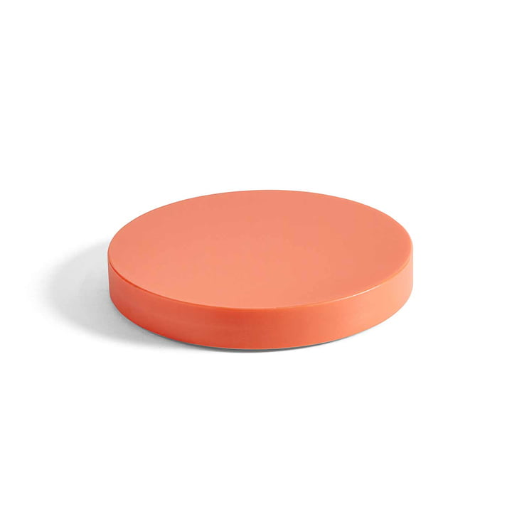 Round cutting board M from Hay in coral