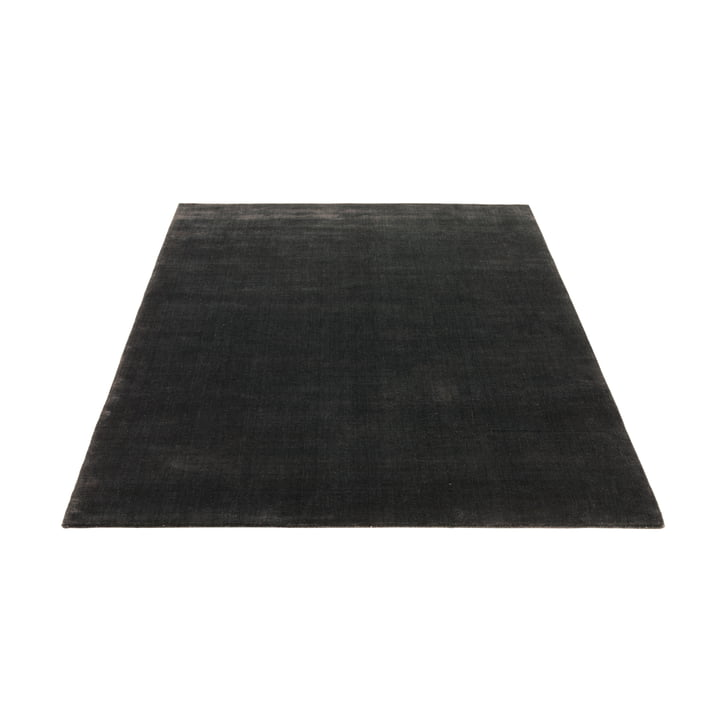 The Massimo - Earth Rug 140 x 200 cm in Charcoal