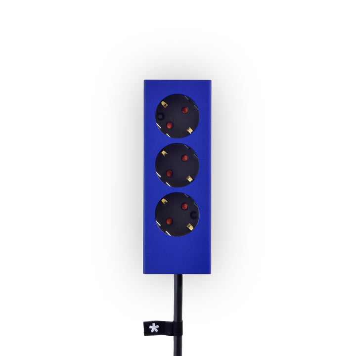 Plug 3 multiple socket strip by Peppermint Products in cobalt