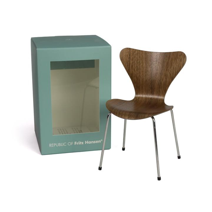 Miniature Series 7 Chair by Fritz Hansen in Walnut