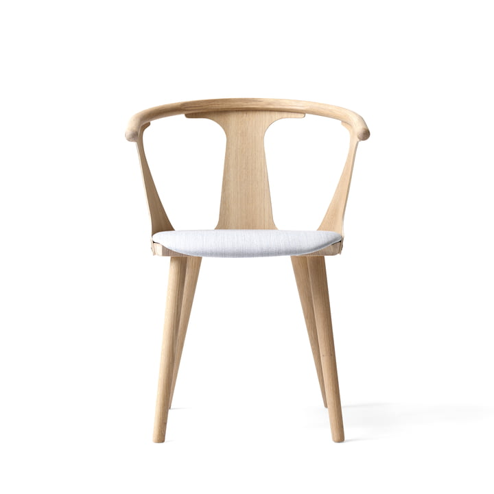 &Tradition - In Between Chair SK2 by &Tradition in white oiled oak / Fiord 251 upholstery