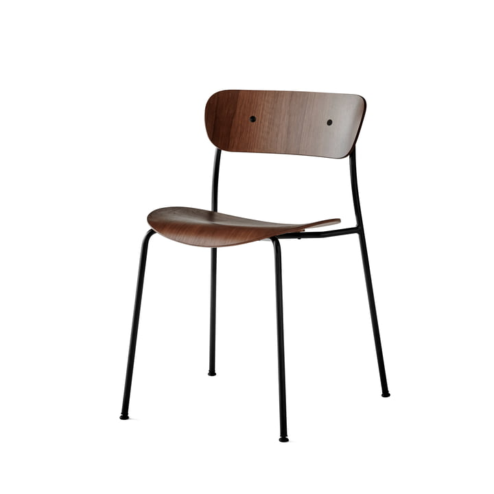 Pavilion Chair from & Tradition with frame black / walnut lacquered
